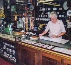 Roscheider Hof zeigt Kyllburger Ladeneinrichtung